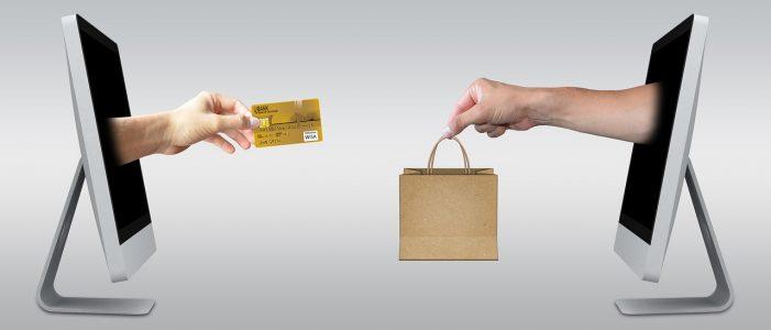Smartphones help shoppers shop smart