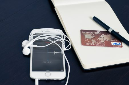 Enhancing Consumers' Mobile Shopping Experience
