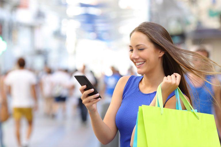sms marketing woman