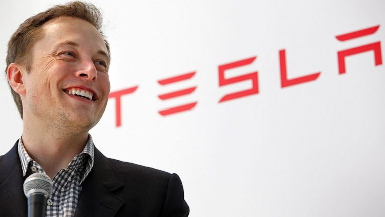 Customer Service Tips to Learn from Elon Musk